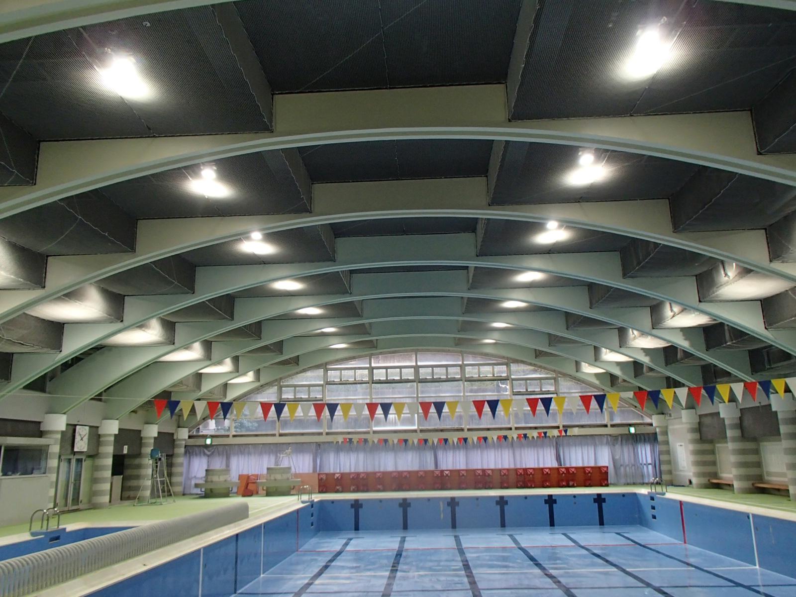 室内温水プール 照明LED化工事